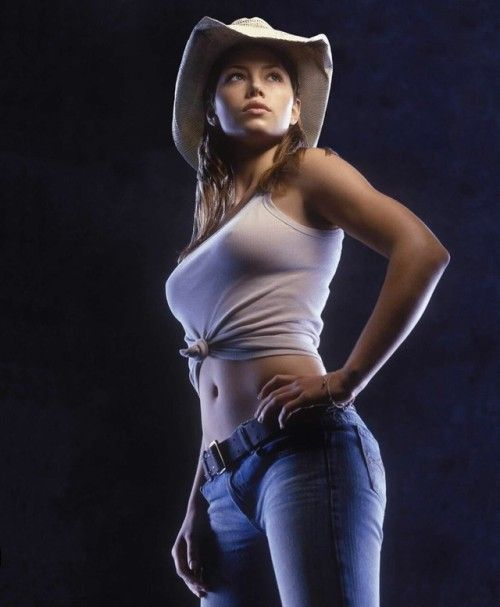 sexy-cowgirl-in-movie