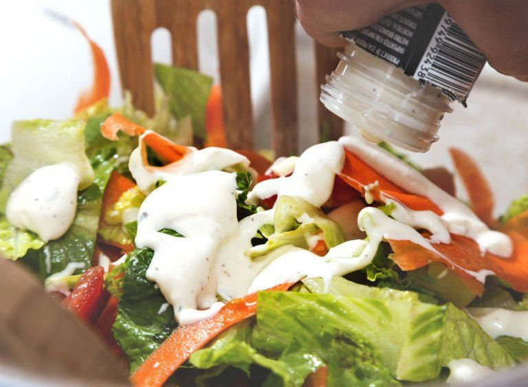 10 healthy salad dressing brands to buy and 10 to avoid