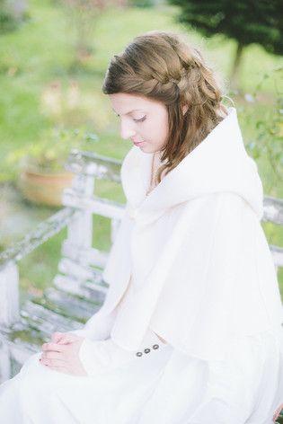 Rustikale Hochzeit im Herbst | Herbsthochzeit, Rustikal und Brautkleid