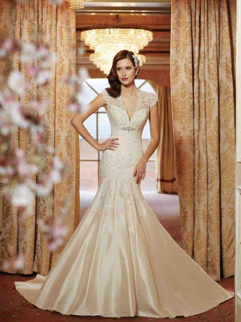 Wedding Dresses For Petite Figures | Petite Wedding Dresses ...