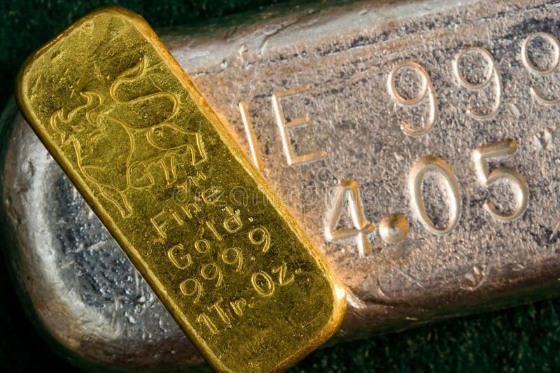1 Ounce Gold Bullion Bar Ingot Silver Bar Below One Ounce Gold Bullion Bar I Affiliate Silver Ingot Gold Bullion Bars Silver Bullion Gold Bullion