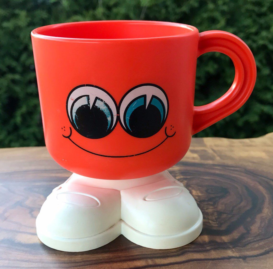 Coffee cup with smiley face