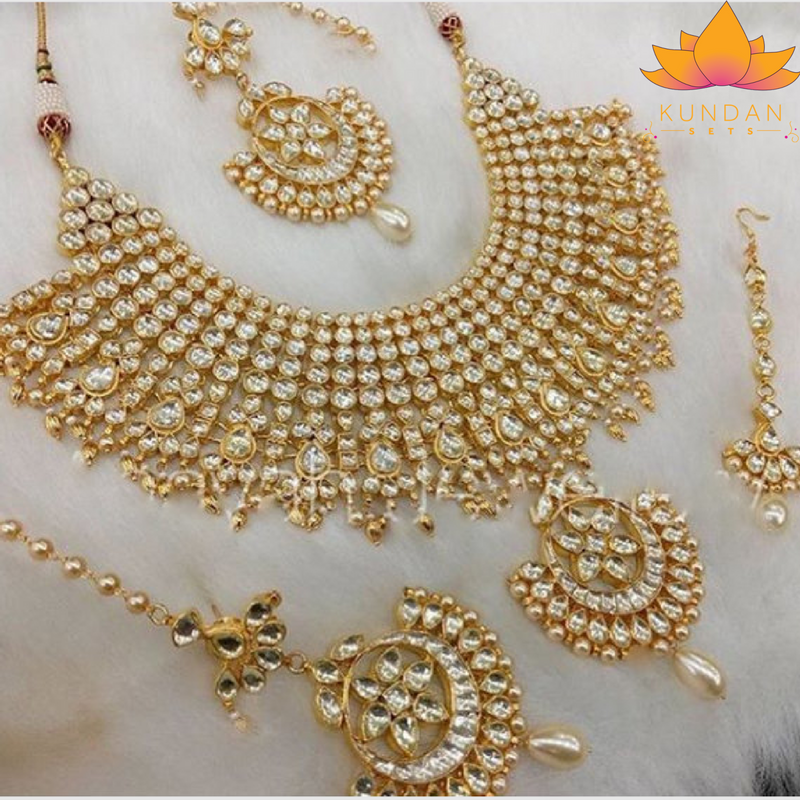 610569ad68f8a Indian Kundan Jewelry Necklace Set with earrings and tikka Stones ...