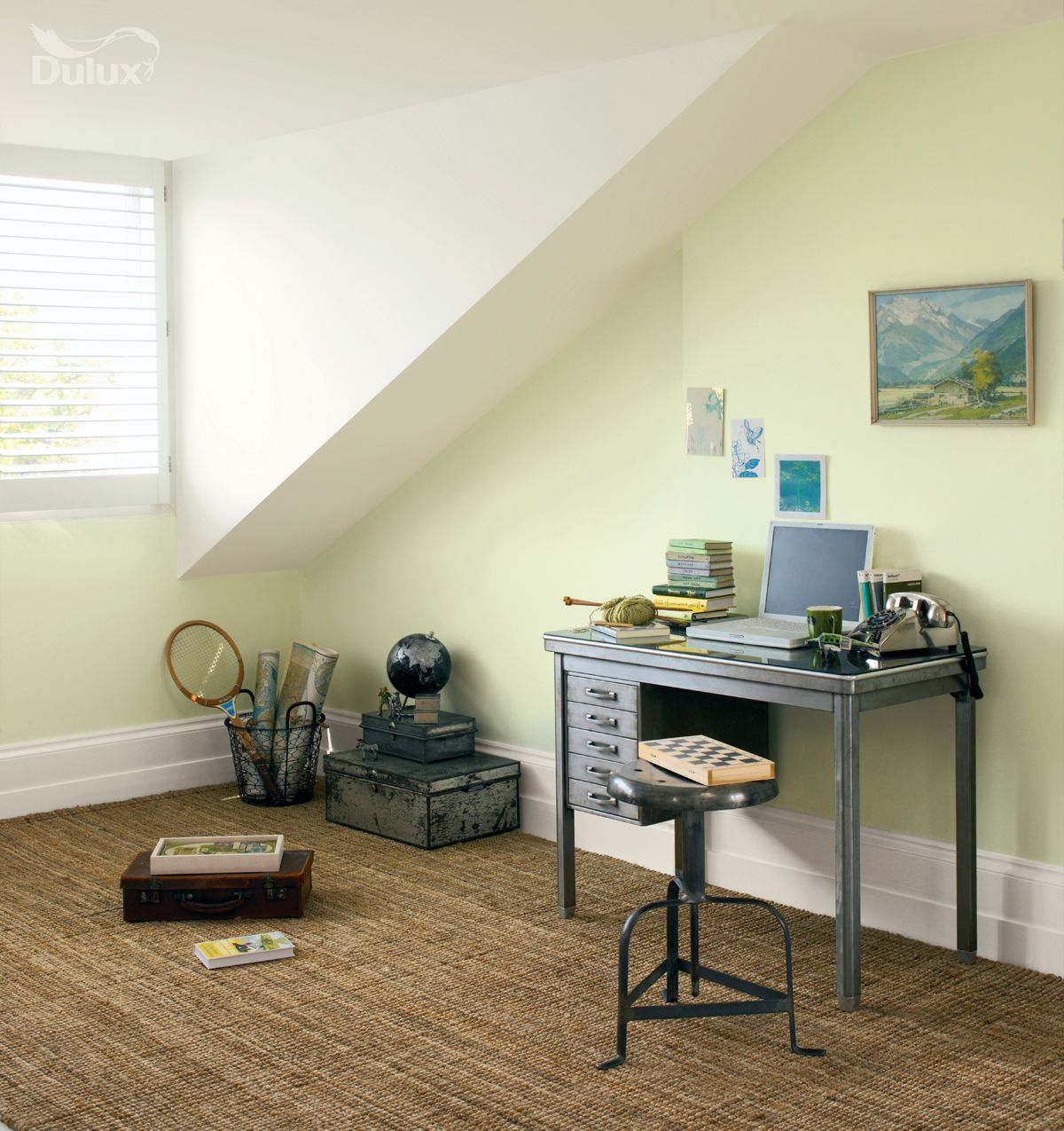Dulux light space tm helps open up small dark areas for Dulux paint bedroom ideas