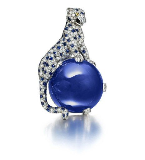 The Duchess of Windsor's Cartier Panthère brooch sitting on a 152 carat cabochon sapphire.