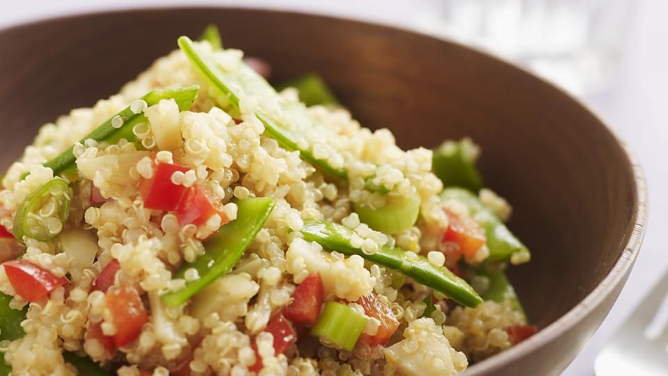 Speedy quinoa with green vegetables and pea hummus