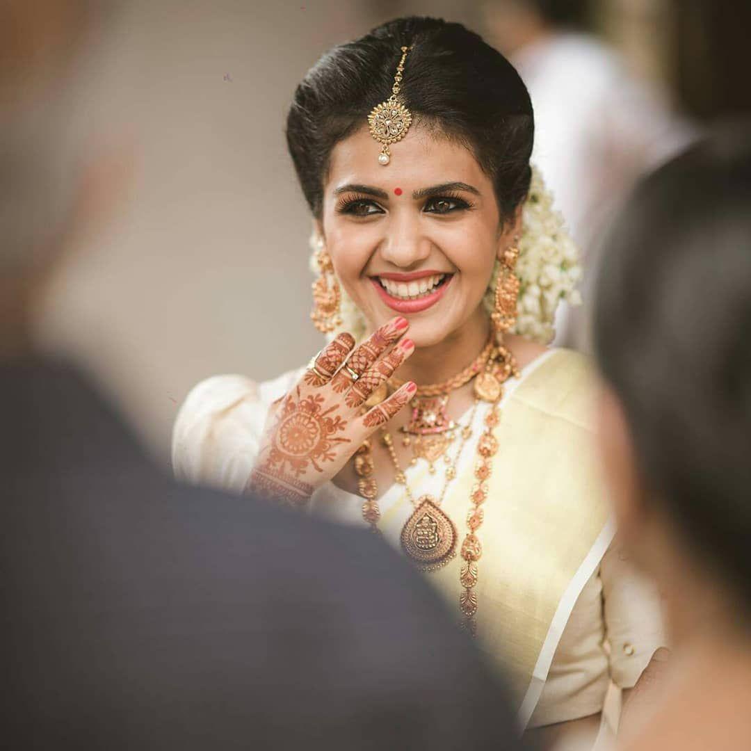 Kerala Bride Simple Hairstyle: Indian Bride Hairstyle