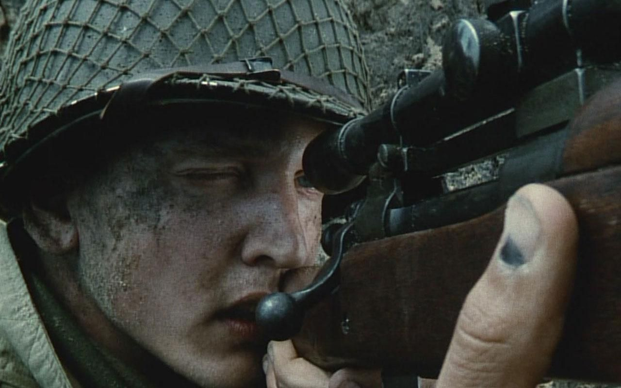best images about < saving private ryan < tom 17 best images about <3 saving private ryan <3 tom hanks m1 garand and retro hairstyles