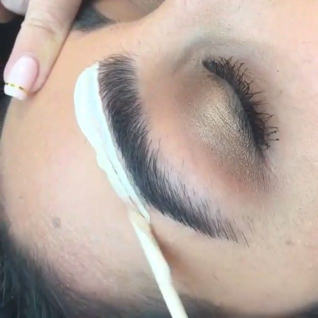 Eyebrow Wax Done By Kelleybakerbrows Makeup Eyebrows Brow Wax
