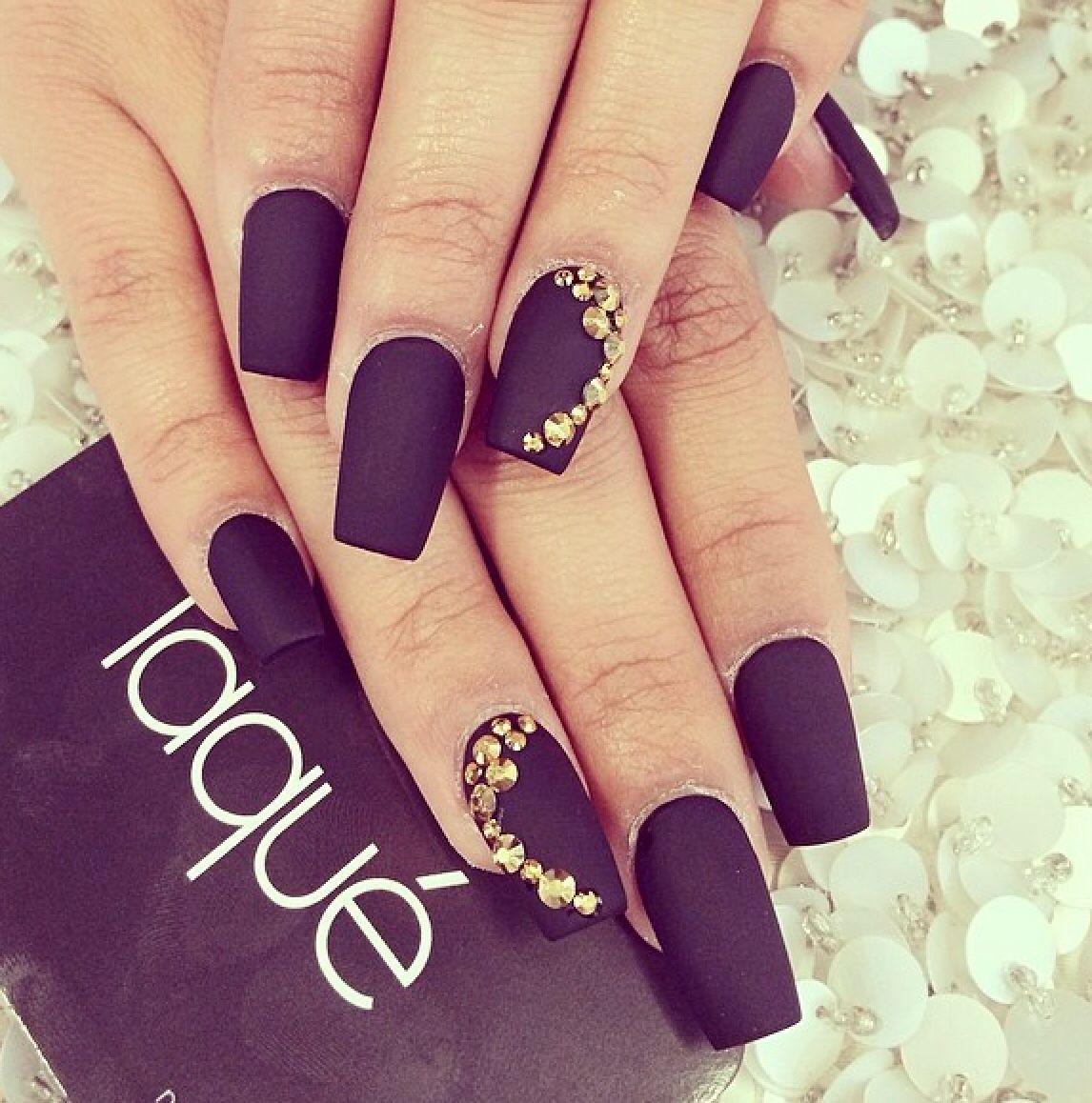 Black matte | Nails | Pinterest | Fingernägel, Schwarz matt und Maniküre