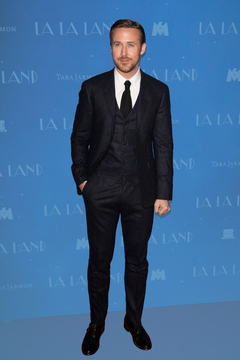 You Should Buy Ryan Gosling\'s Suit Right Now (Because You Can ...
