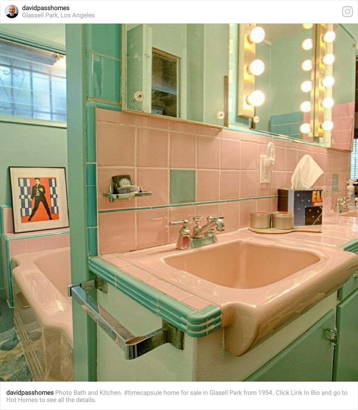 Pin By Yonnie Smith On Vintage Things I Love Mid Century Bathroom Bathroom Vintage Bathrooms
