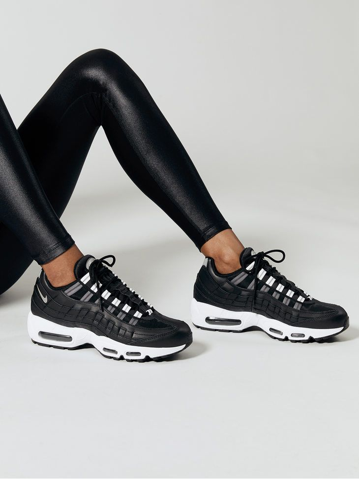 NIKE Wmns Air Max 95 BlackReflect silver black white