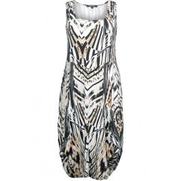 Twister jurk grote maat Britta Safari | www.fashionINconflict.nl/grote-maten/twister