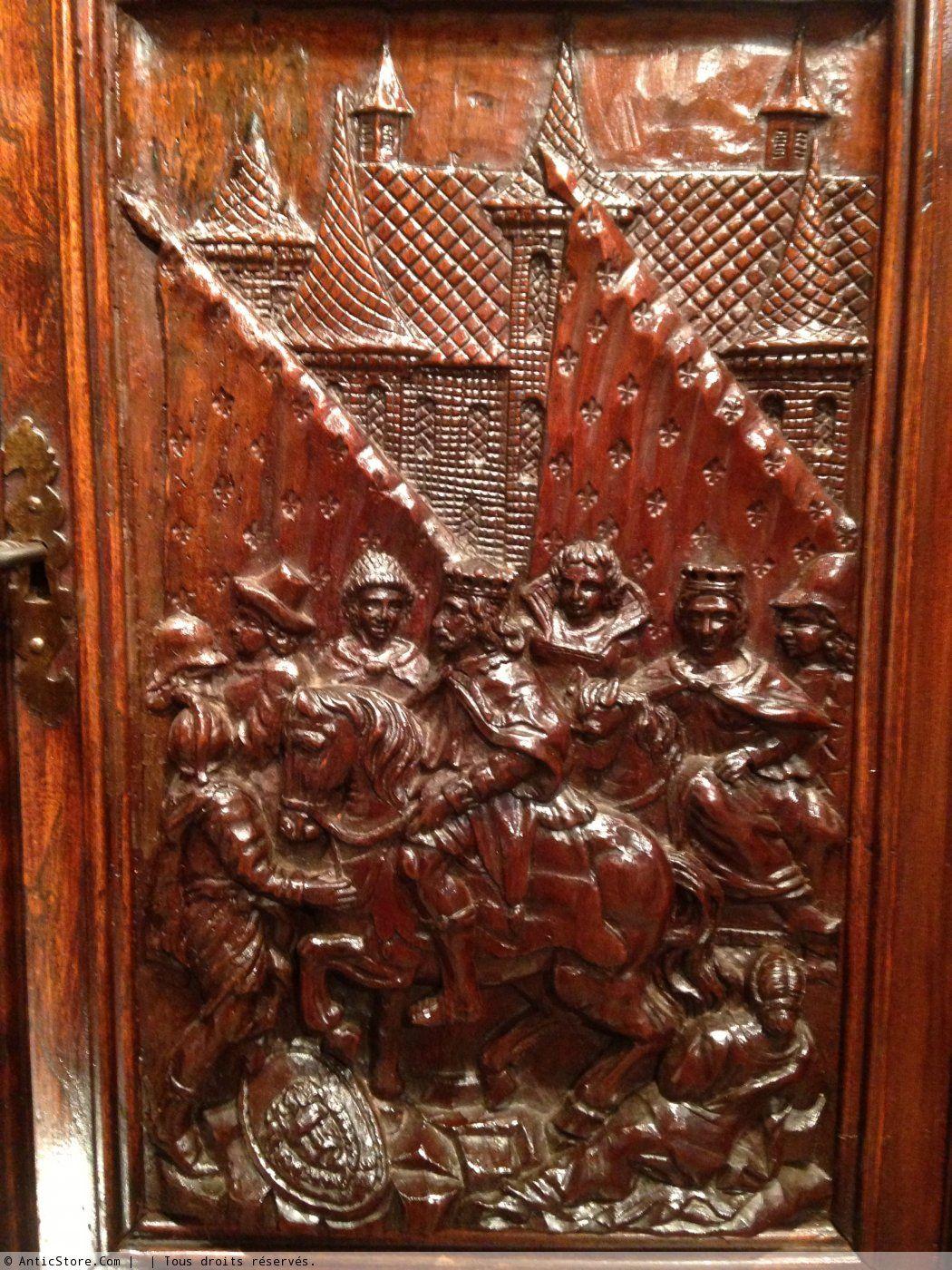 10 Armoire Aux Cavaliers Royaux Languedoc Vers 1600 Xviie Siecle N 34017 D Autres Exemplaires Sont Detenus Dans Le Renaissance Antiquaires Xviie Siecle