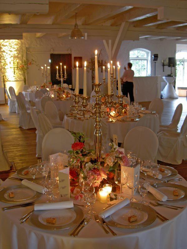 Schlo Reinbek Heiraten Und Feste Feiern Im Schloss Reinbek Bei Hamburg Schleswig Holstein Tischdeko Hochzeit Runde Tische Hochzeit Tischdekoration Hochzeit