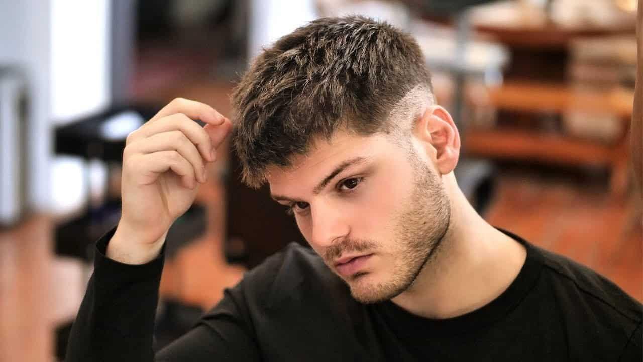 undercut #männer frisuren haare vorne #kämmen  Herren haarschnitt
