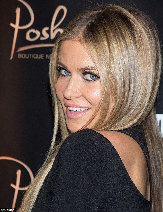 Looking Fabulous At 41 Carmen Electra Crams Her Curves Into Lbd For