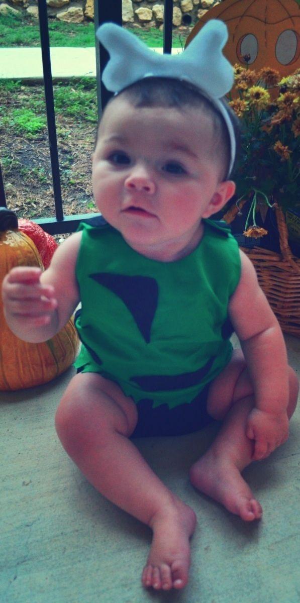 Baby Halloween Costumes: DIY Pebbles but instead do Bam Bam... #pebblesandbambamcostumes