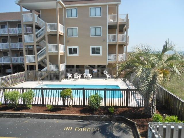 Ocean Front Condo In Carolina Beach Access To 2 Pools And Private