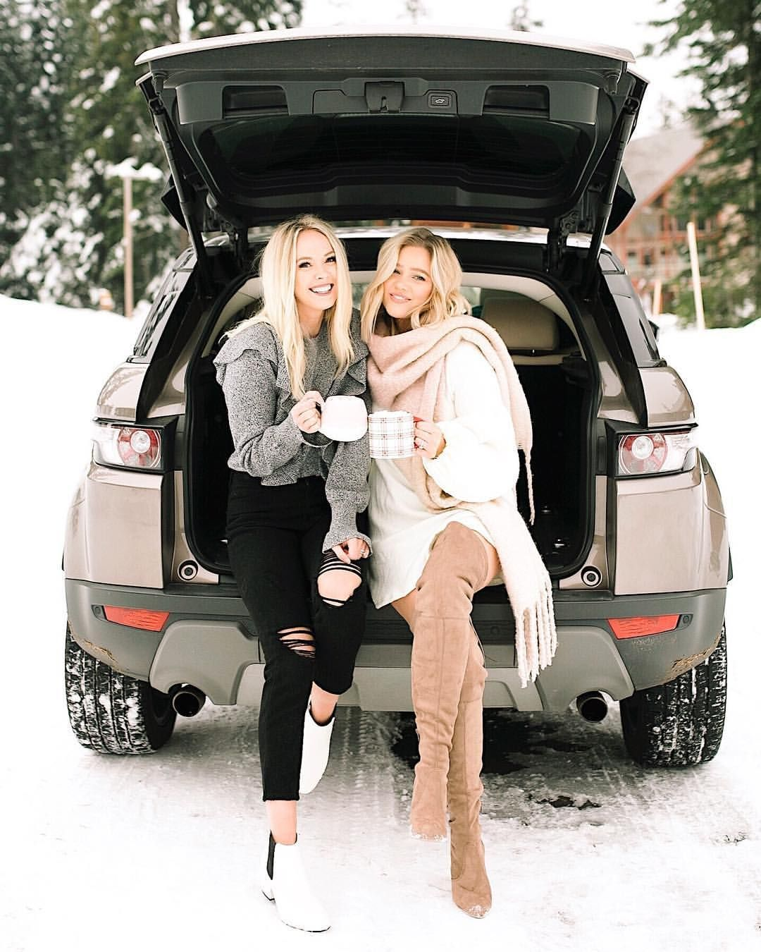 Winter style / winter fashion / best friends / snow day / Land Rover / Range Rover / evoque