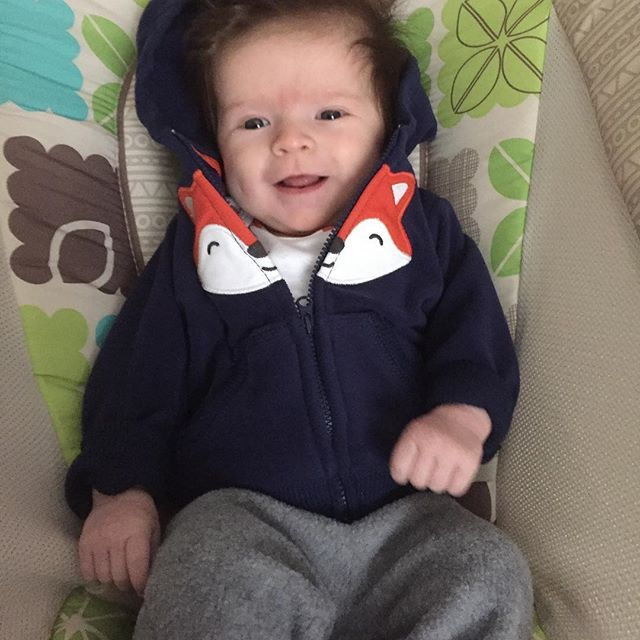 The cutest baby in fleece on this snowy day! ❄️ #littlenolannugget #meredithlou #needabowforthatcrazyhair