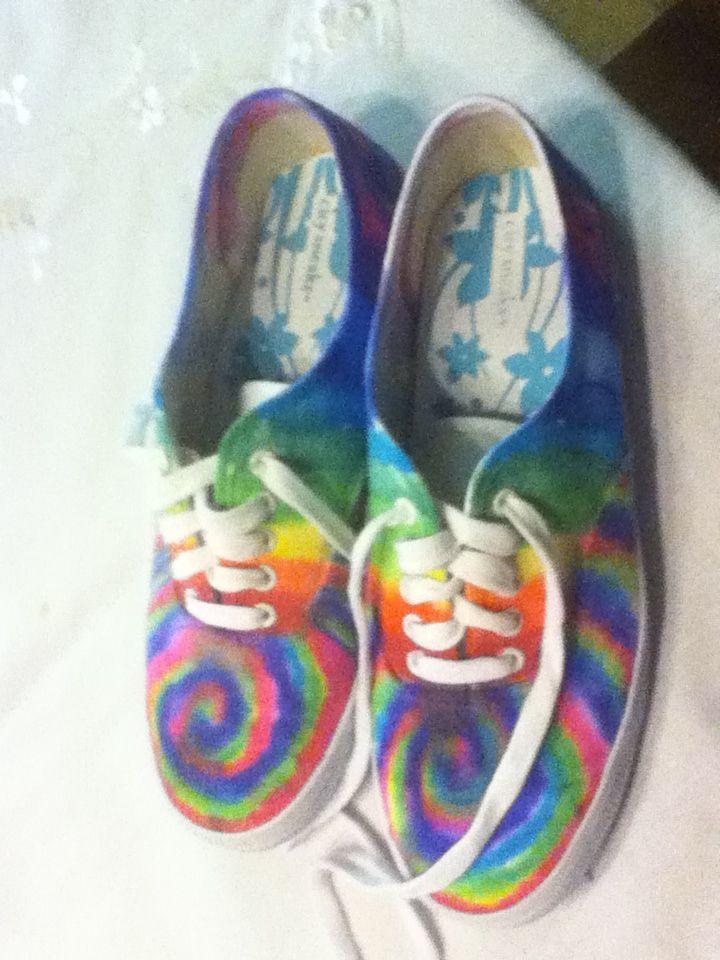 sharpie tie dye shoes i made them myself 1 draw with