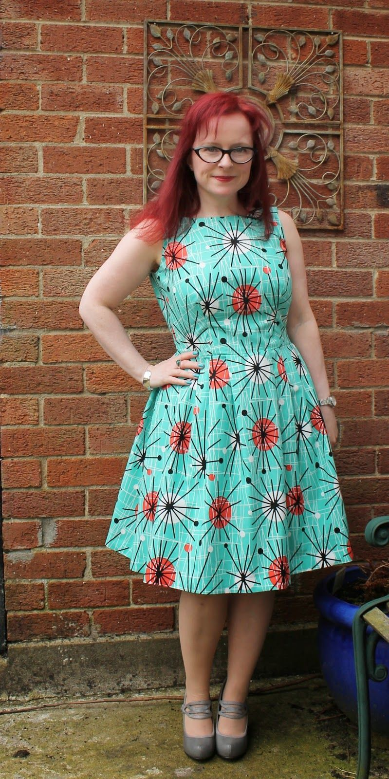 Lilou Dress - need to try narrowing the skirt using this method