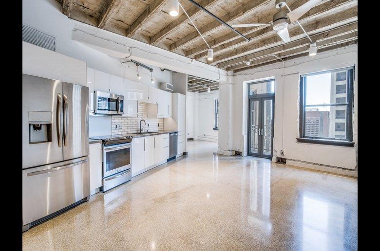 The Drakestone 100 Reviews Dallas Tx Apartments For Rent Apartmentratings C Apartment Apartments For Rent Better Homes