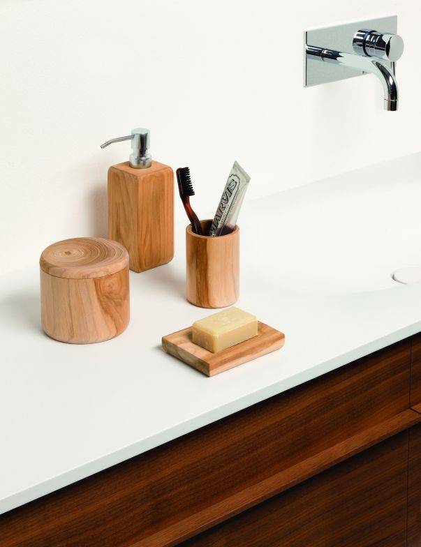 möve \u2013 Individuelle Wohlfühl-Oase Accessoires aus Holz bringen - badezimmer accessoires holz