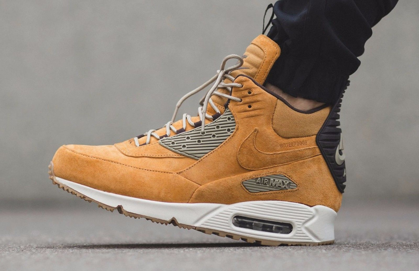 best service f3e45 9f6cc Nike Air Max 90 Sneakerboot Winter Waterproof - Wheat 684714-700 Mens Size  8.5