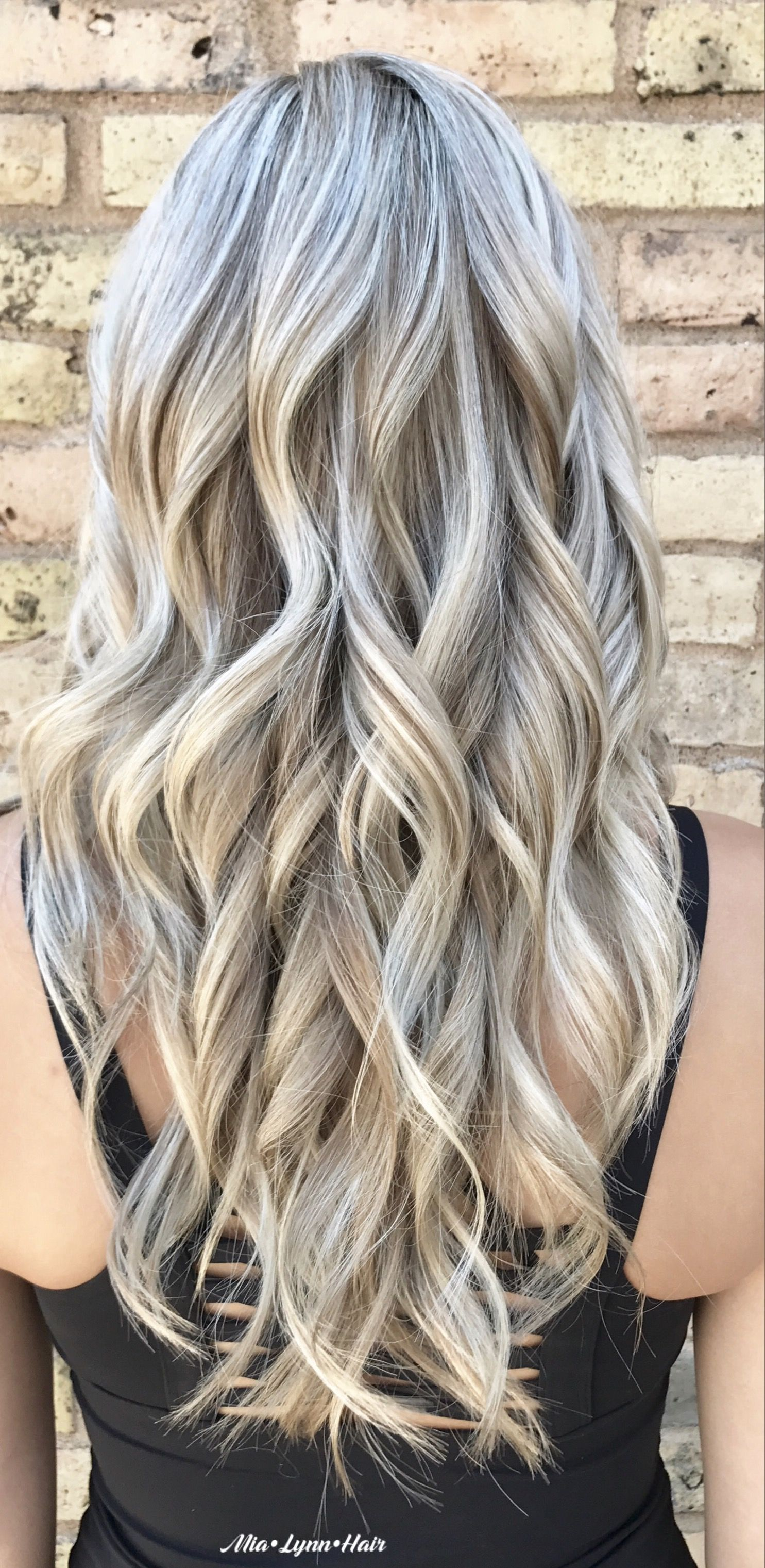 Foilayage Blonde Blonde Hair Dimensional Blonde Icy Blonde
