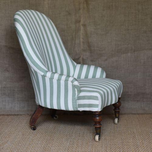 Attirant Victorian Slipper Chair | 416006 | Sellingantiques.co.uk