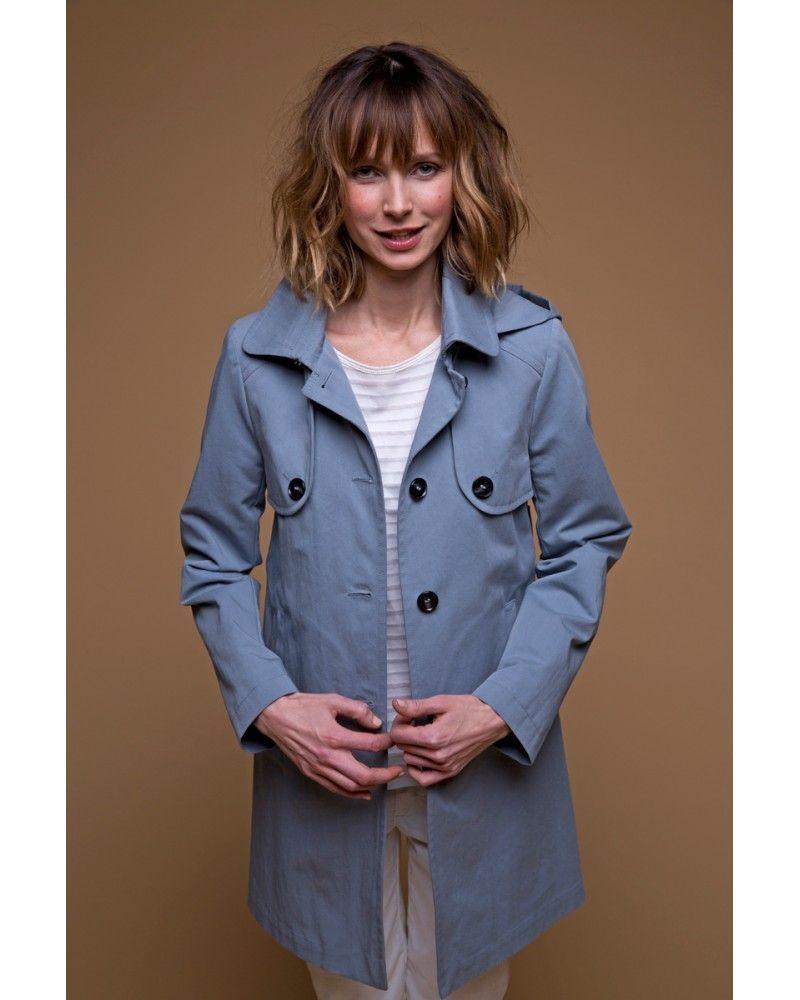 aaff0c20a013 Allure  casual  chic avec ce  manteau d été à  capuche  bleu gris ...