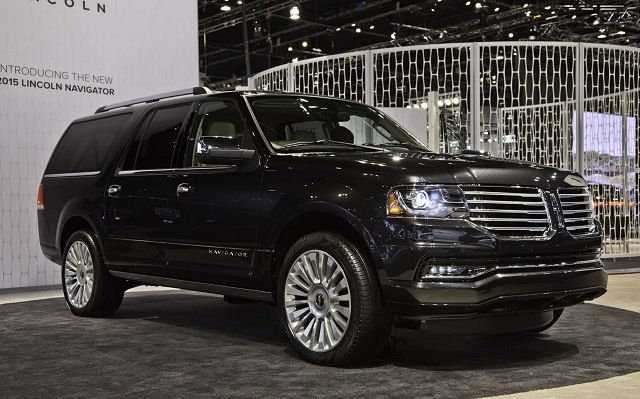 2017 Lincoln Navigator Review and Release Date