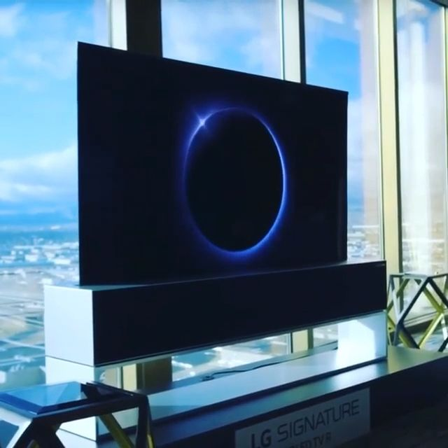 LG Rollable OLED 4K #electronicgadgets