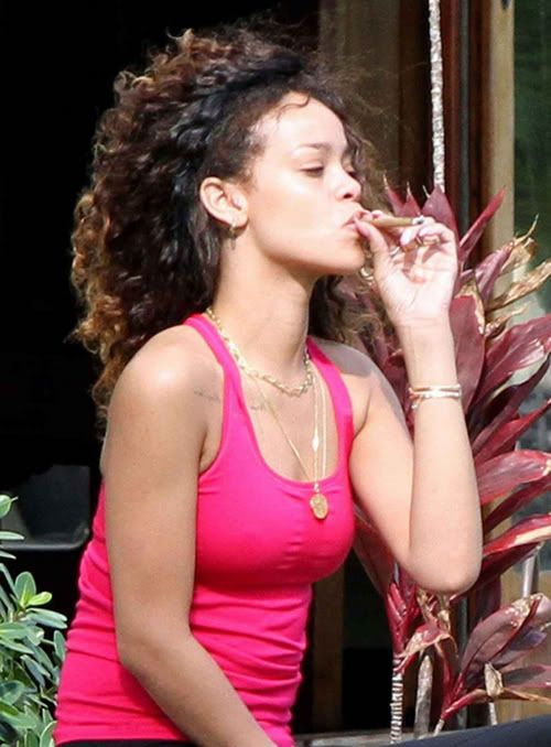 PUFF PUFF GIVE: Rihanna Smokes A Blunt On Vacay in Hawaii
