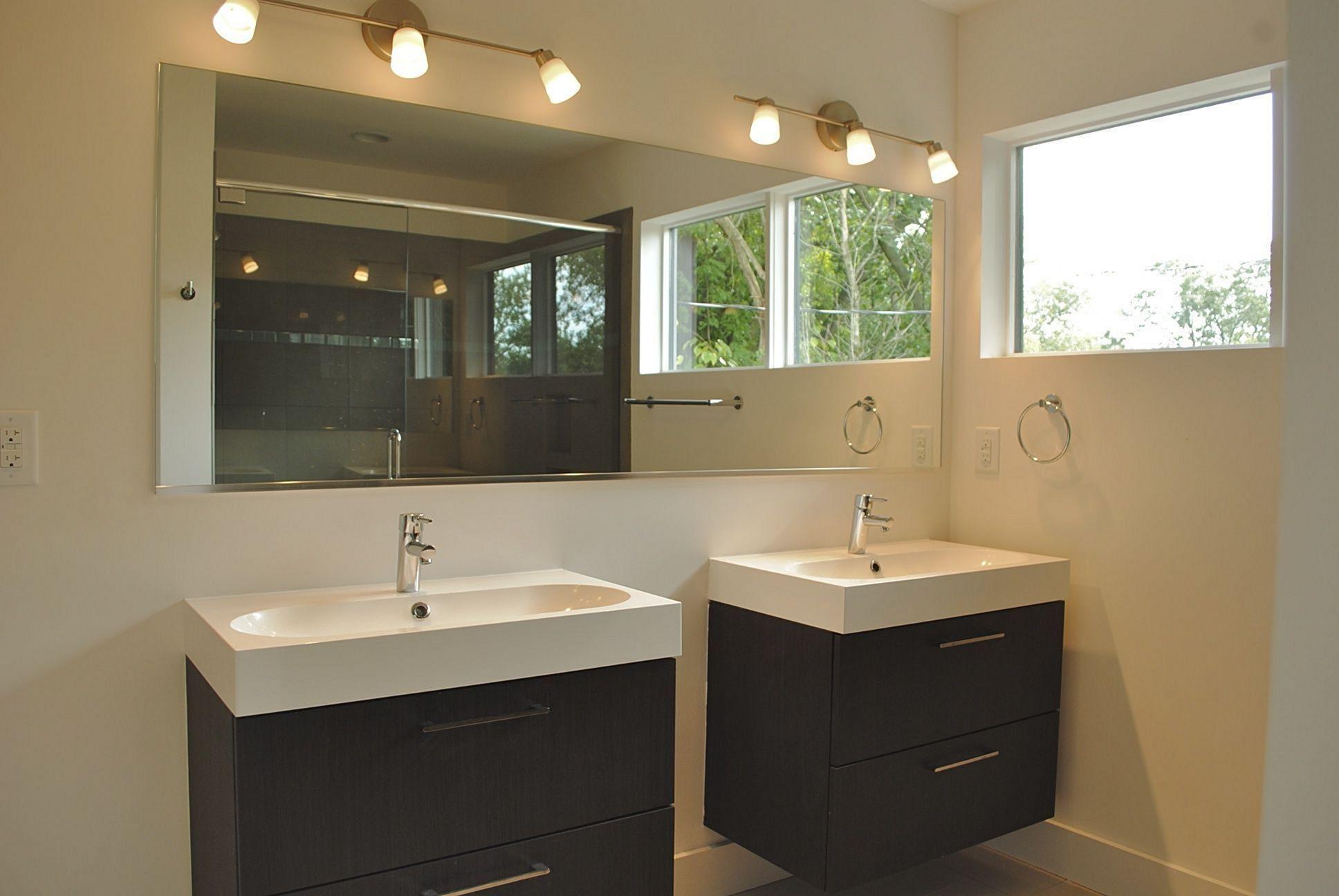 30 Awesome Bathroom Island Design Ideas For Amazing Bathroom Freshouz Com Amazing Bathrooms Small Bathroom Vanities Bathroom Design