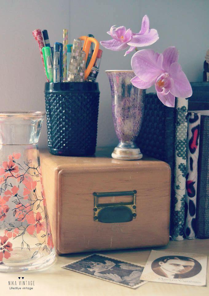 Vaso negro + violetero morado