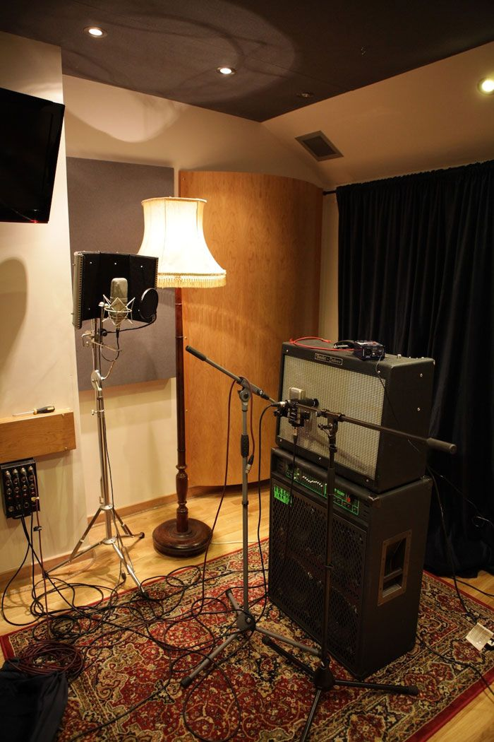 Band Room Design: The Live Room In The Cabin Studio Based In London