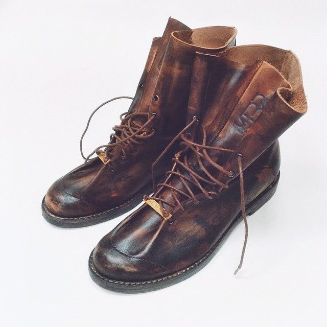 Эксперимент удался •One Piece• #leather #leoncrayfish #Moscow #notmysize #bespoke #shoes #store #showroom #russia #onepiece #обувь #москва #россия