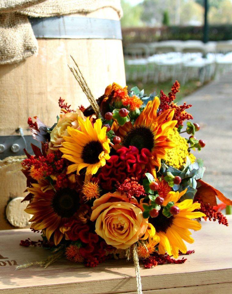 Picking The Perfect Autumn Wedding Bouquet Gold Sunflower