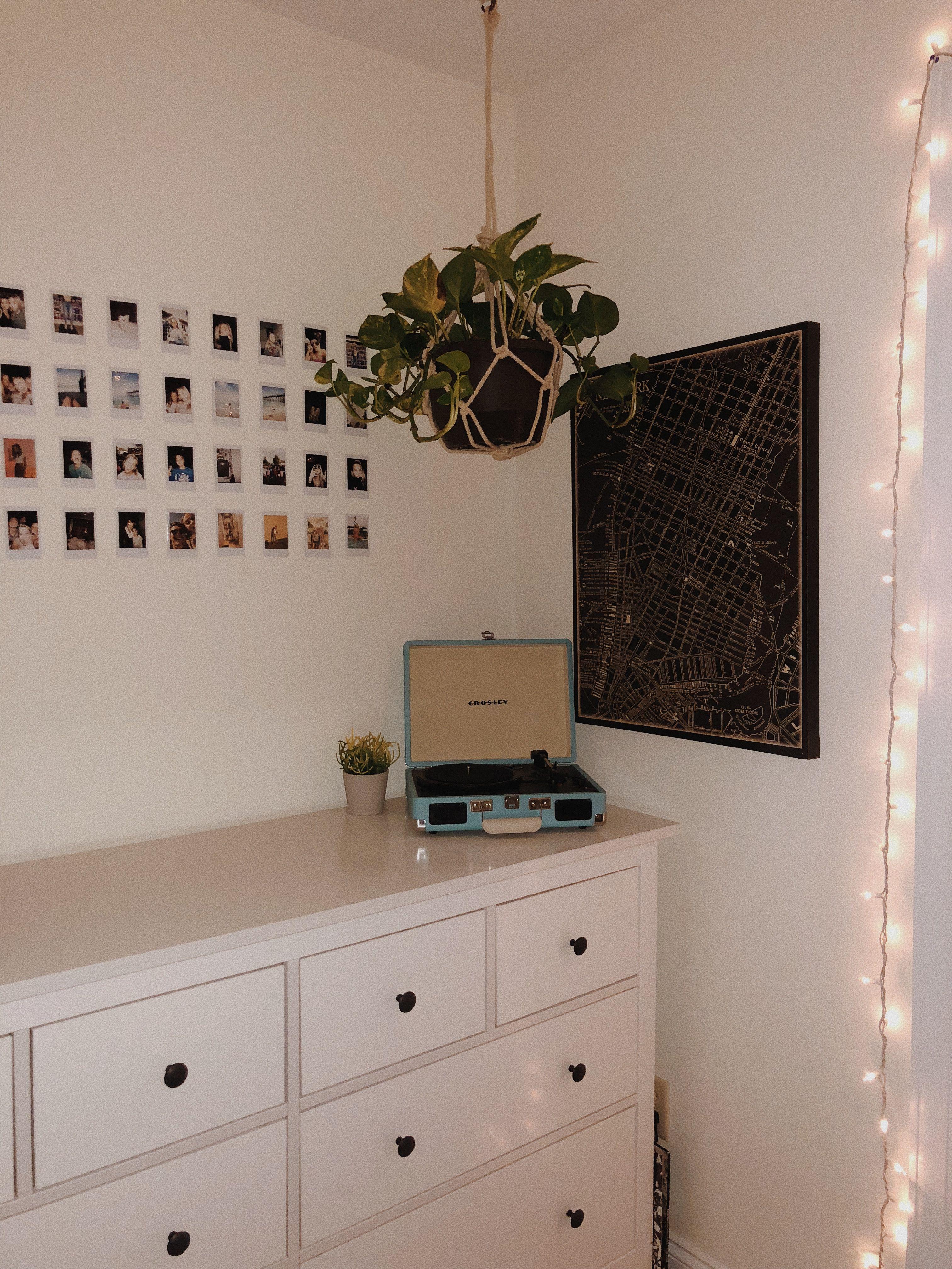 Artsy Bedroom Teen Bedroom White Walls Green Plants Polaroid Wall