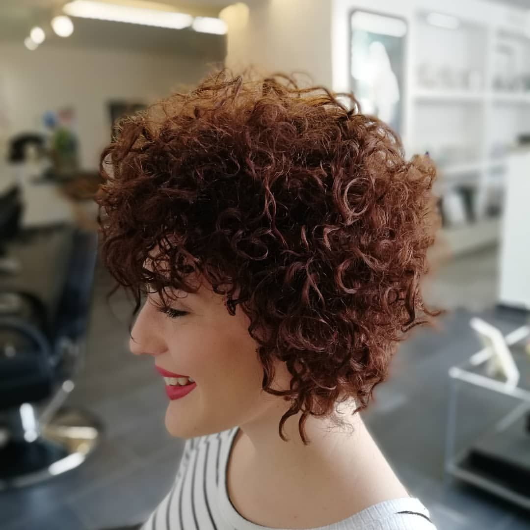 I Want A Extrem Perm By Jmf Find The Best Perm Videos On Our Youtube Channel Joerg Mengel Fris Curly Hair Styles Naturally Curly Hair Styles Short Permed Hair