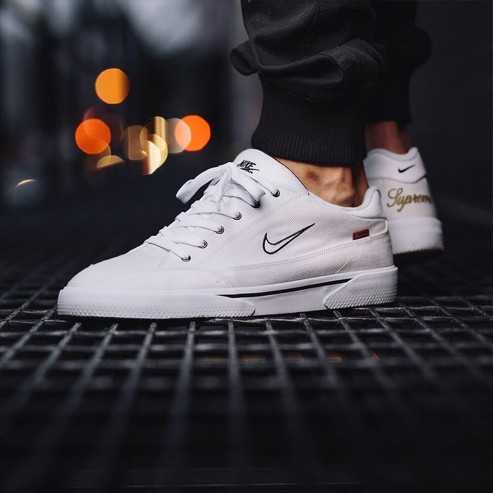 kup najlepiej gorąca wyprzedaż kolejna szansa SUPREME x Nike SB GTS | Kicks shoes, Retro shoes, Nike sb