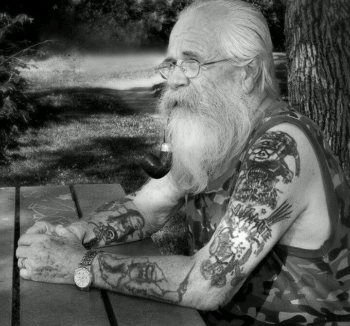 Did You Ever Think About How Your Tattoo Will Look When You Are Old And Have Wrinkles Alte Tatowierte Menschen Und Alte Tattoos