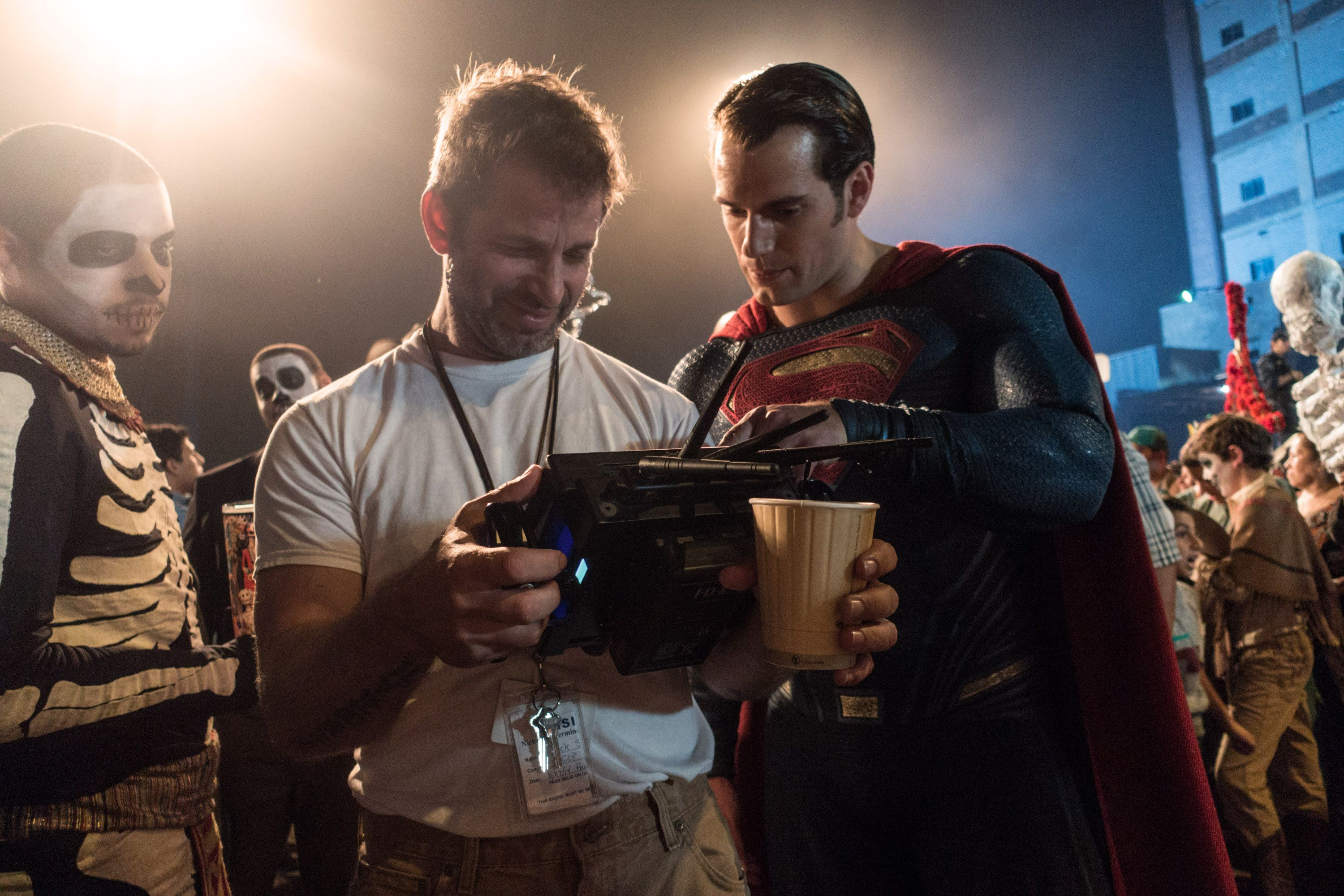 Exclusive: Zack Snyder on the 'Batman v Superman' Ending and ...