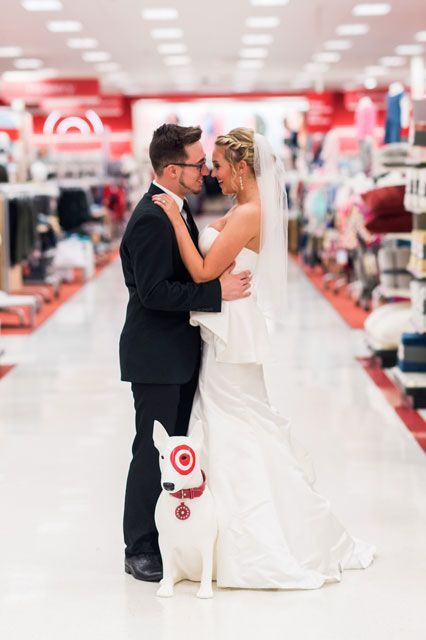 Couple That Gives No F Cks Takes Wedding Photos At Target Target Wedding Wedding Photos Wedding