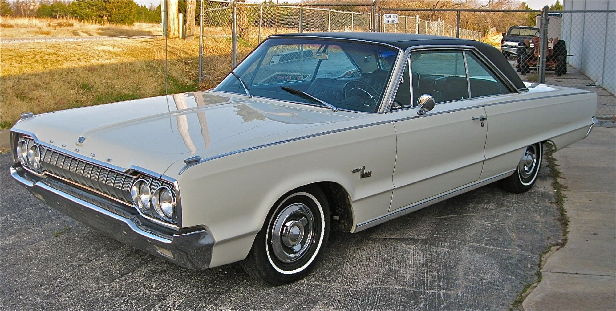 1965 dodge monaco 2 door hardtop