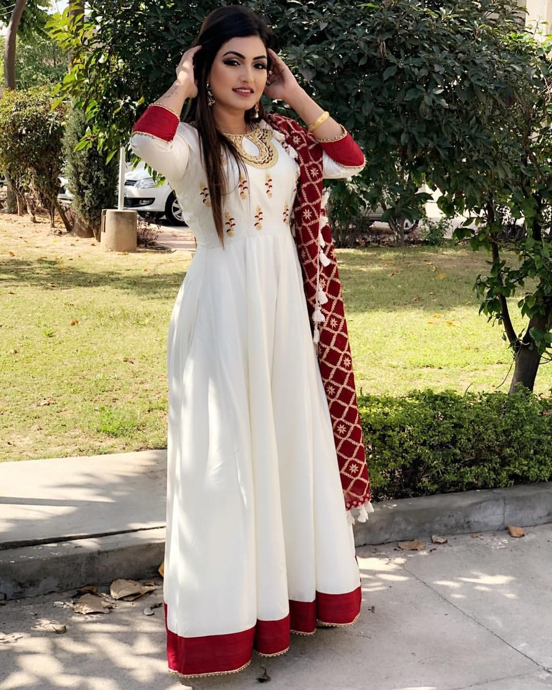 Pin By Neetu Gagan Gauba On Mehndi: Anupriya PuNjAbiMuTiYaRaN In 2019 T Punjabi Suits